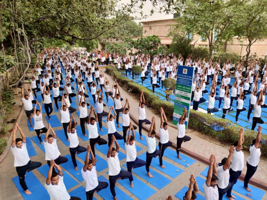 Yoga Classes and Yoga Training Classes in Delhi, India