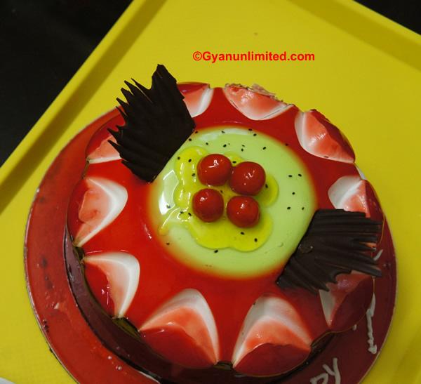 Tamasic food example